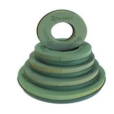 Corona de plástico con esponja